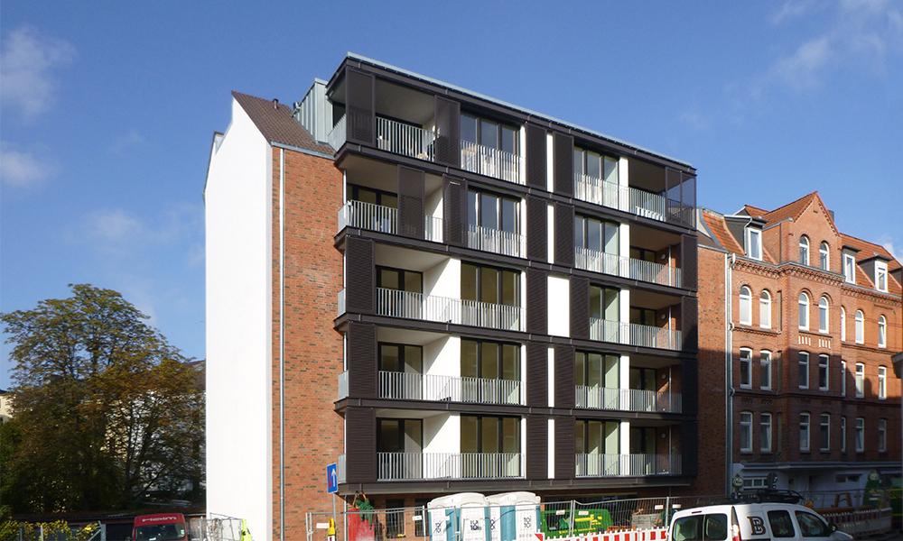 736-Fertigstellung-Jessstrasse-600x1000-1-BSP-Architekten-Kiel